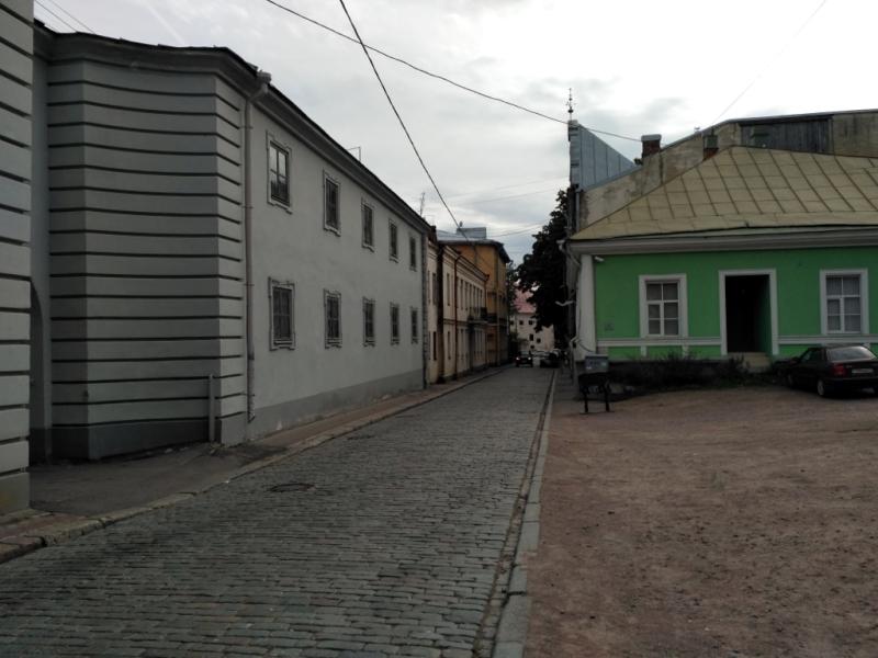 Прогонная улица. В средние века по ней гоняли скот