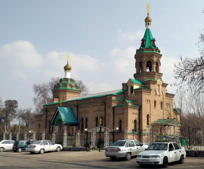 Собор Алексия Московского (1911 г.) – бывший полковой храм русского гарнизона