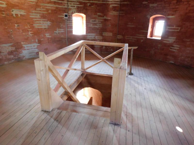 Внутренняя площадка на третьем «этаже» Тайницкой башни…