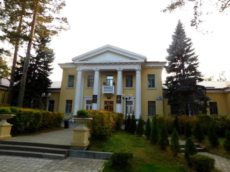 Главный корпус ОИЯИ, по совместительству – Дом ученых
