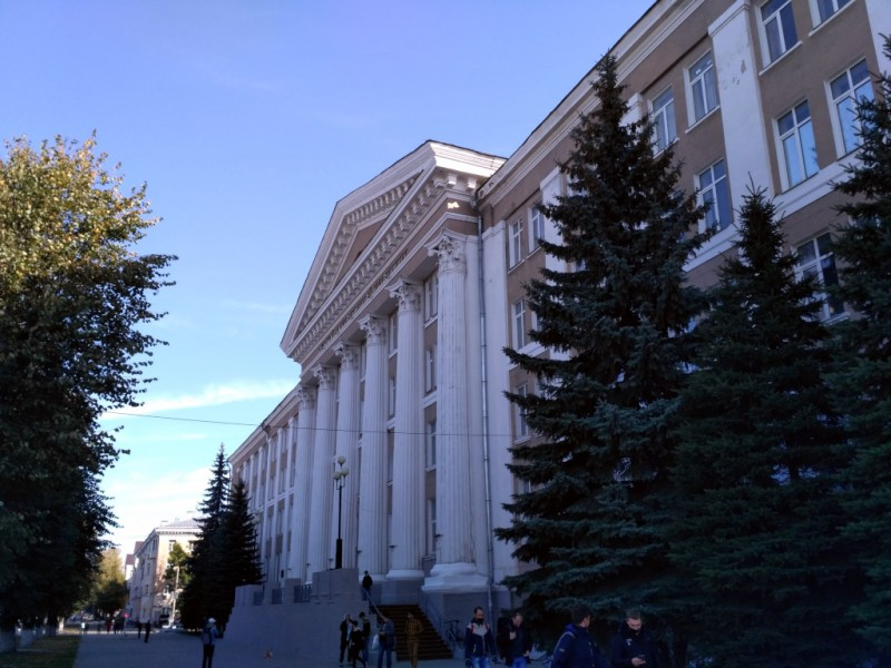 Один из многочисленных корпусов Тульского госуниверситета