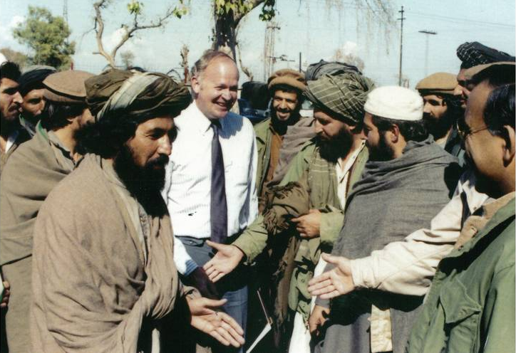 фотографировать фото р рейгана с моджахедами будь счастлив, улыбайся