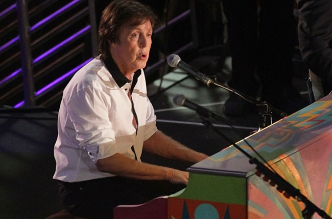 paul-mccartney-hollywood-blvd-650