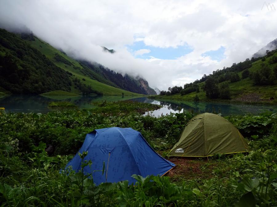 29. Лагерь возле озера Ачипста.JPG