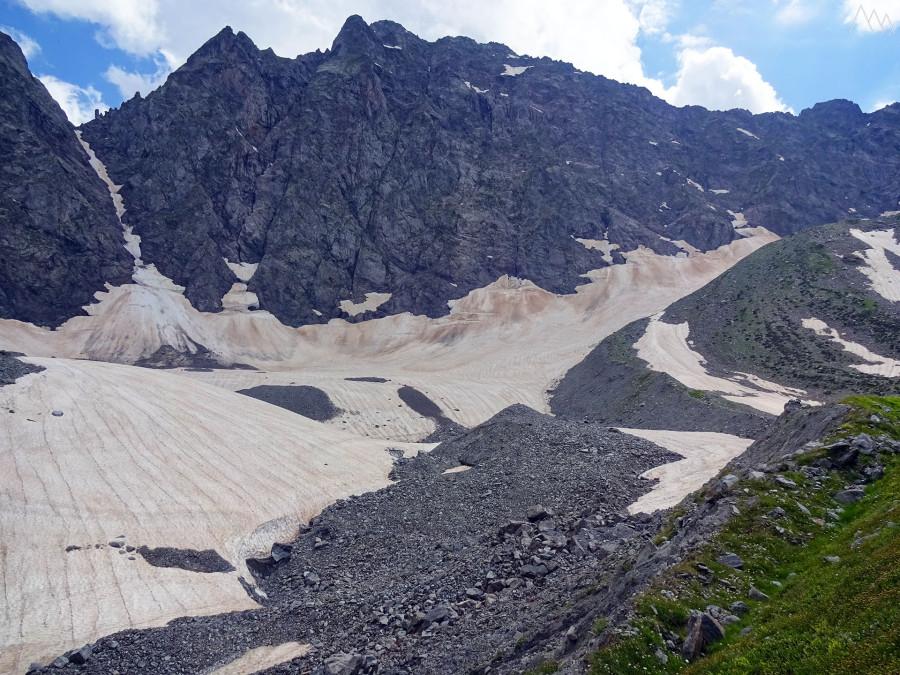 82. Ледник и гора Челипси.JPG