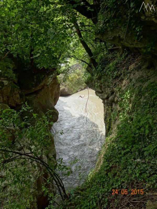 Хаджохская теснина, река Белая