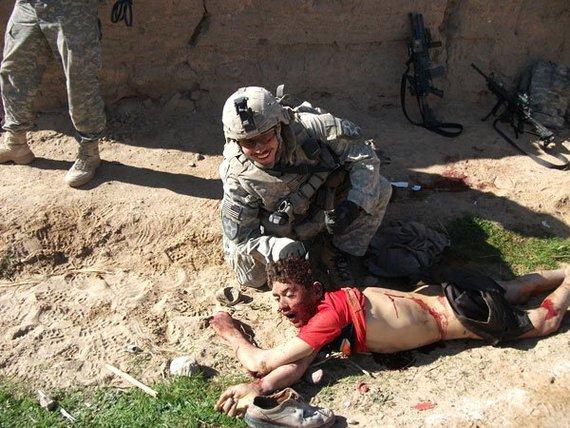 15-летнего-Гюль-Мадина-сына-фермера-солдаты-США-убили-ради-«трофейной»-фотографии-в-дембельский-альбом.-Афганистан-15-января-2010
