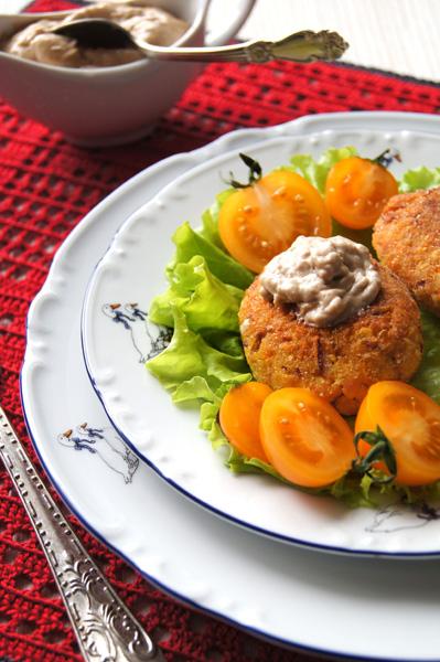 Рецепт: Нутово-морковные котлеты и постный майонез к ним