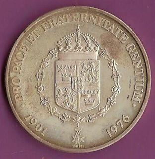 157083664_lie-ducommun-nobel-peace-prize-1902-silver-medal.jpg