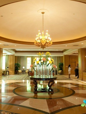 lobby-four-seasons-hotel-las-vegas-Arjun_Kanuri