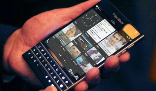 BlackBerry-Passport-phone