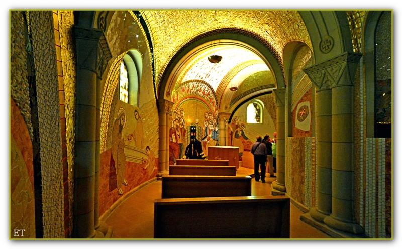 Часовня Святого Причастия в церкви Сан Педро. Хихон