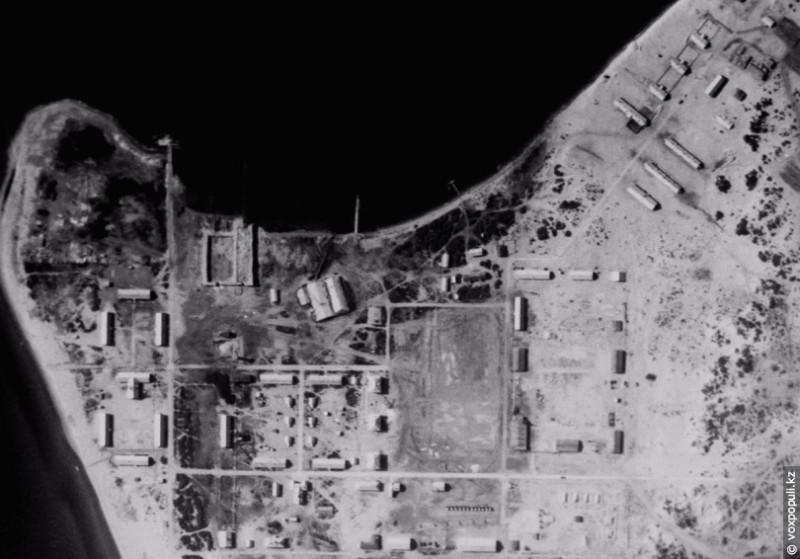 Полигон для производства и испытания биологического оружия. (Фото сделано  американским разведывательным спутником KH-9 HEXAGON)
