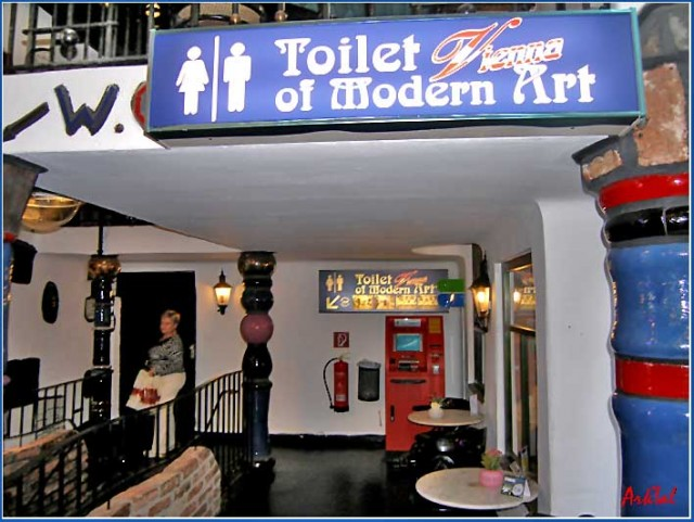 Kalke Village - Toilet of Modern Art