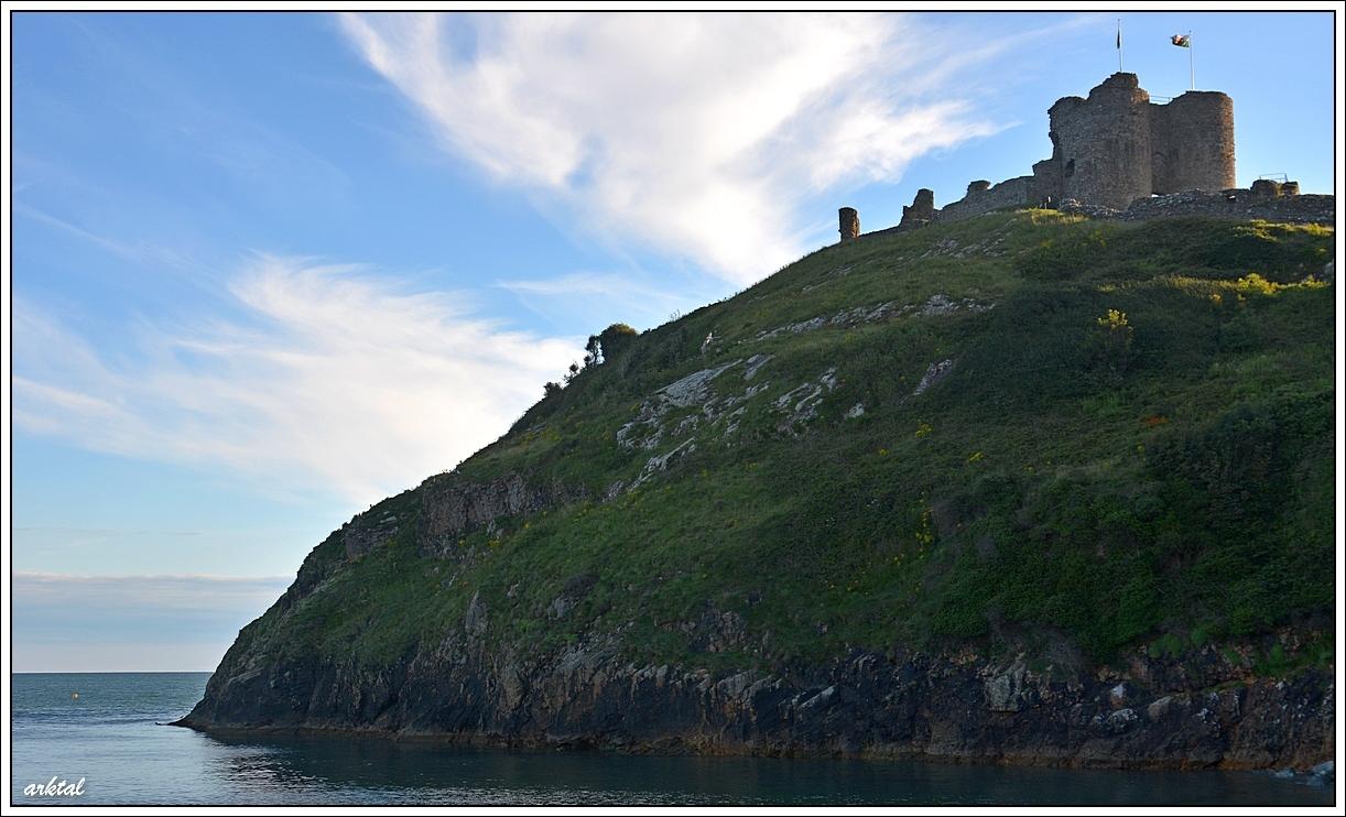 Руины замка Criccieth, Уэльс