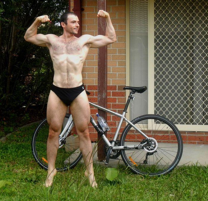 Pose_3_bike