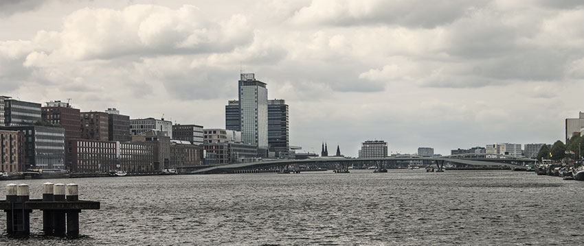 Amsterdam-from-other-side-1