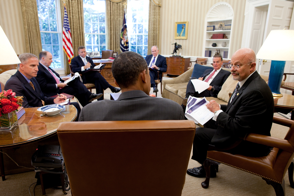 clapper-obama-oval-office