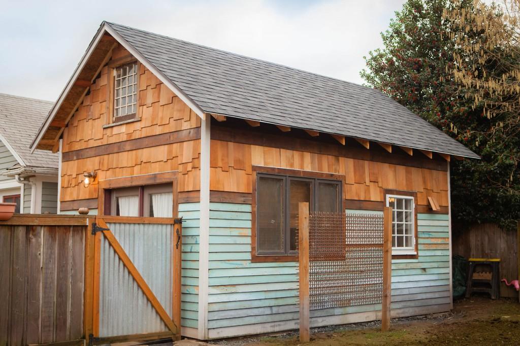 rustic-modern-tiny-house-z