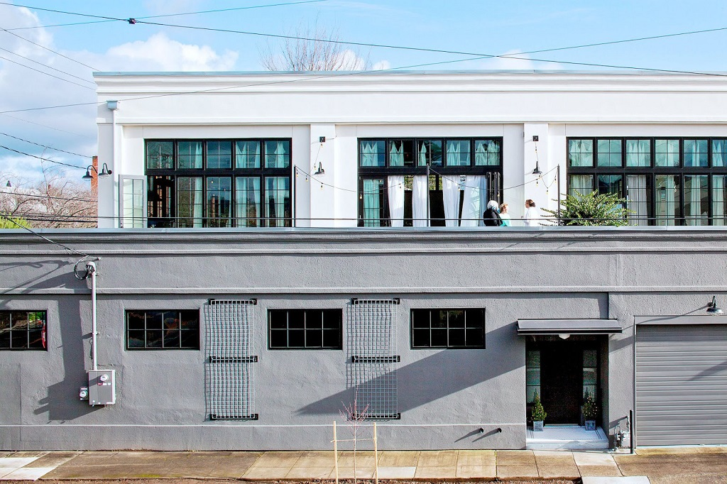 x_exterior-2-story-portland-industrial-loft-cococozy-nyt