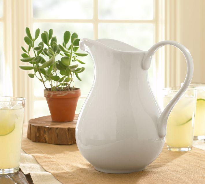 white pitcher_1a