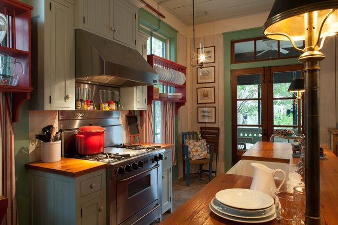 6cf18be7016f0176_9371-w660-h439-b0-p0--beach-style-kitchen