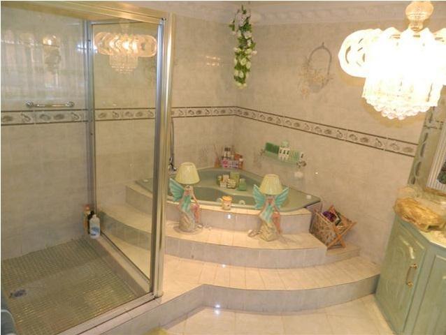 Worst Design Bathroom2