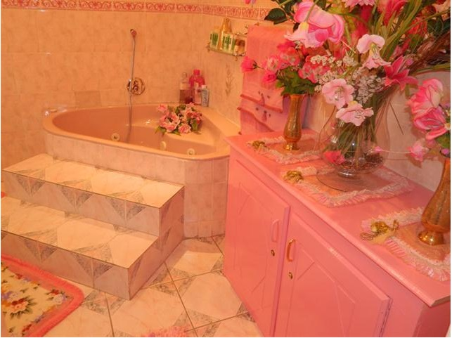 Worst Design Bathroom3