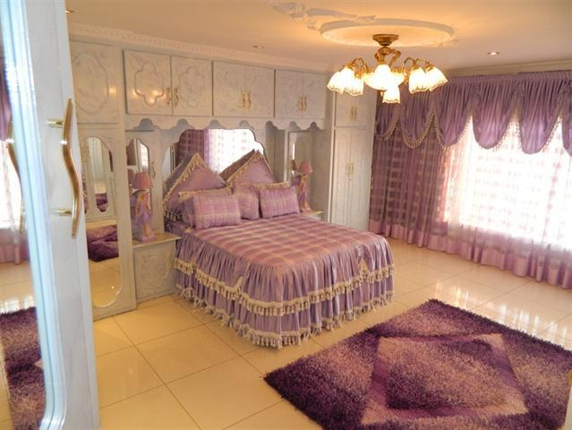 Worst Design Bedroom3