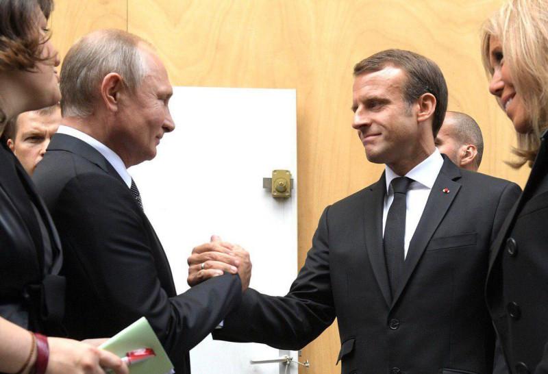 Путин с Макроном похоже, уже знают что будет происходить, когда и по каким формулам...