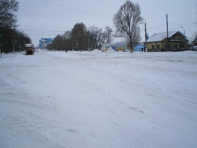 Дорога в сторону Харцызска на выезде из Макеевки.