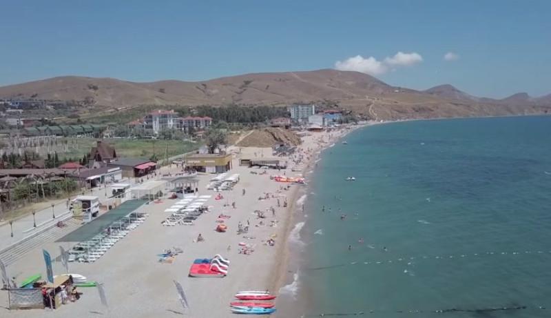 Крымские пляжи пусты. Опять виновата Россия?