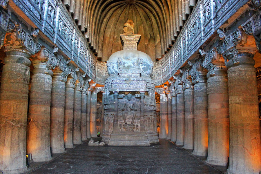 Храмовыми постройками в индии