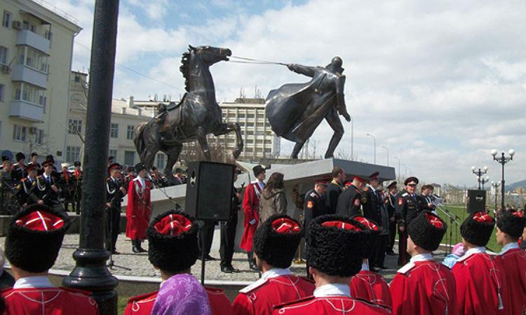 Памятники посвященные гражданской войне в россии изготовление памятников головинское кладбище