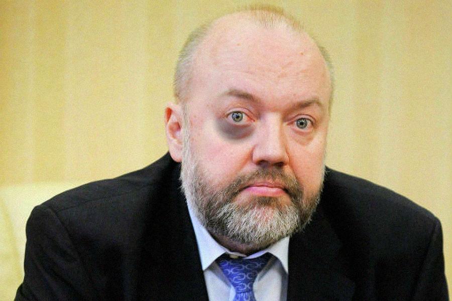 Krasheninnikov Fingal Protest.jpg