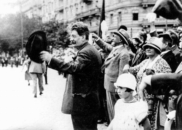 100 лет назад. Депутат стреляет в премьера