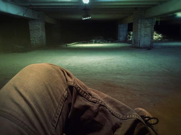 Снимаем в подвале