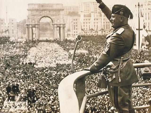Mussoliniyunagranconcentracionfasci