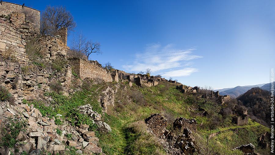 Кала-Корейш, развалины на склоне
