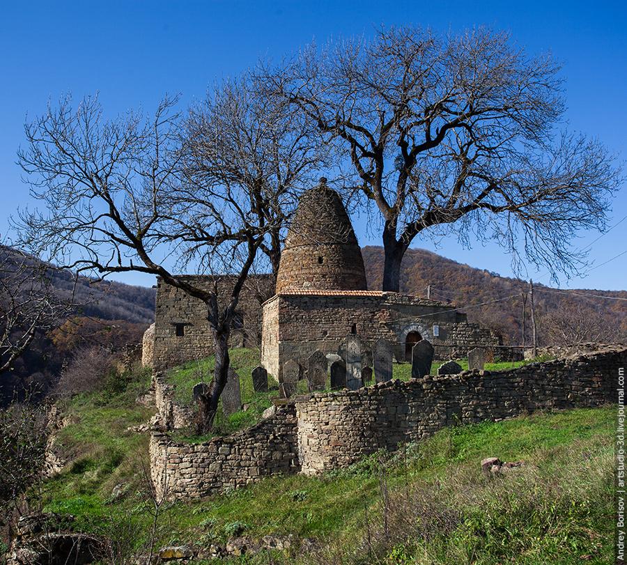 Кала-Корейш, мавзолей, кладбище