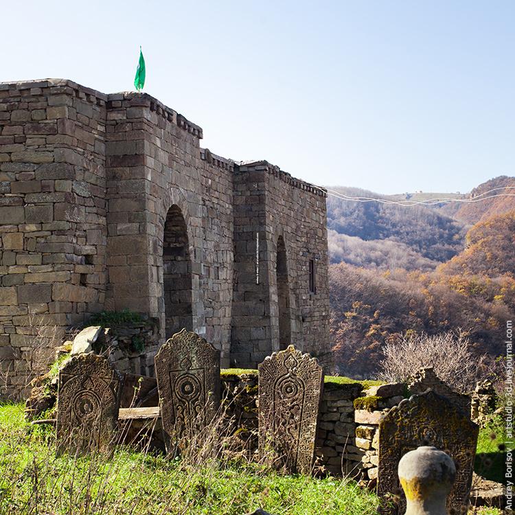 Кала-Корейш, вид на мечеть
