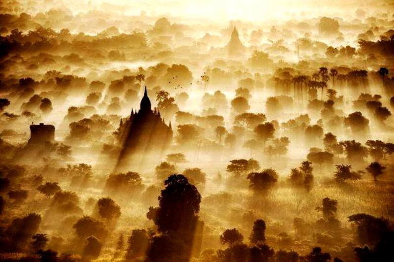 Рассвет в Багане, Мьянма