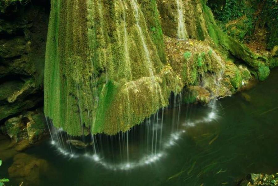 водопад Бигэр, который был признан американскими журналистами самым красивым в мире.  Трансильвания