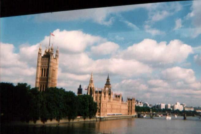 лондон из окна автобуса