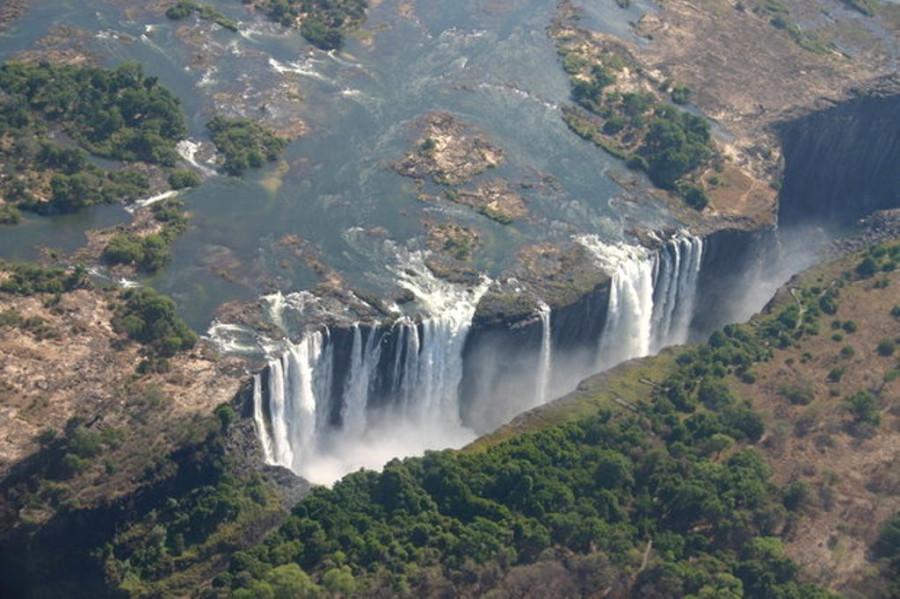 Водопад Виктория, граница Зимбабве и Замбии
