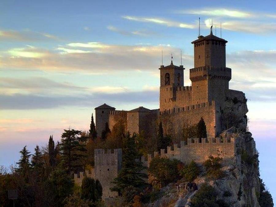 Сан-Марино. Замок.