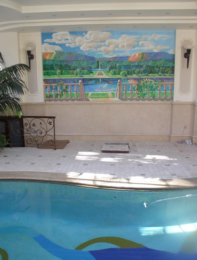 Роспись над бассейном
