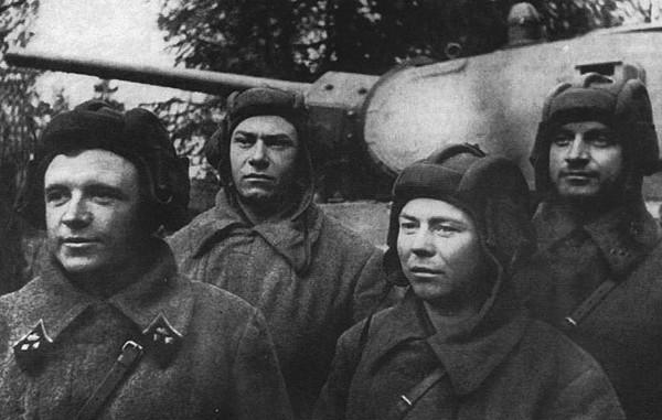 лавриненко герой танкист