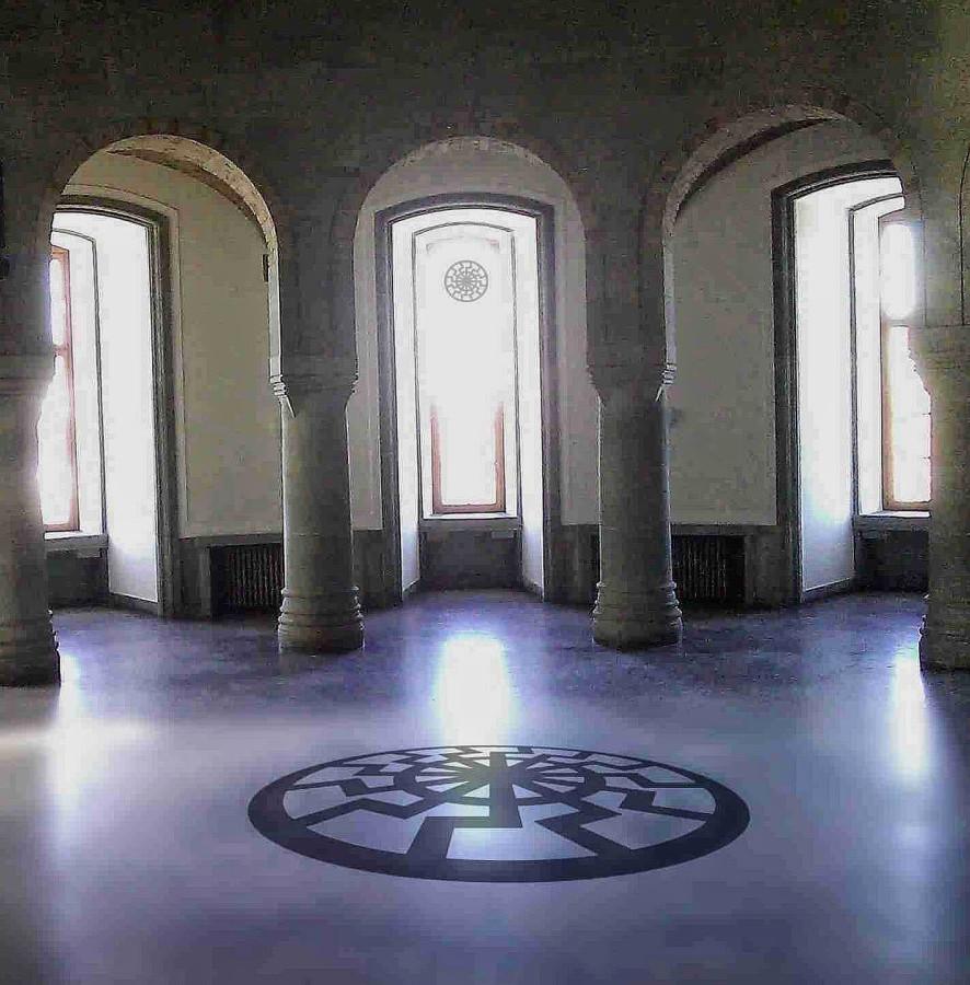 Schwarze - sonne - Wewelsburg - SS - Okkulte Physik - Occult Third Reich - Peter Crawford.jpg