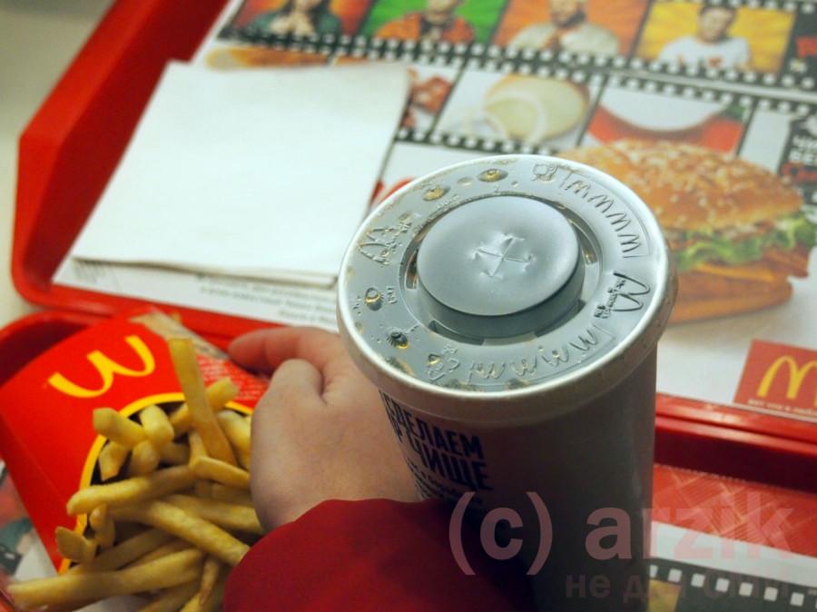 Порция картошки и Кола - первый заказ в Макдоналдс Ижевск